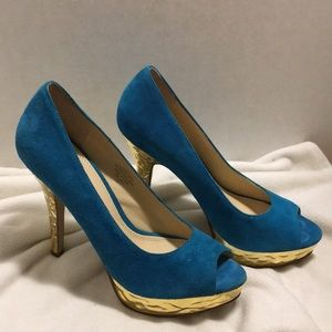 Enzo Angiolini peep toe Sully turquoise size 7